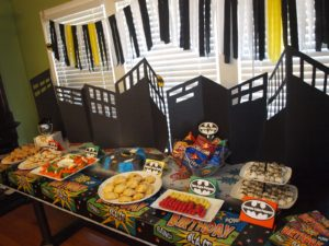 2-24-25-12-batman-party-121